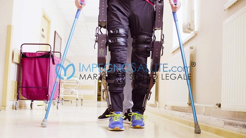 Esoscheletro aiuto mobilità