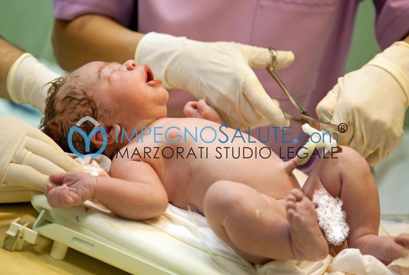 Necessità di cure neonatali urgenti alla nascita errore medico avvocato malasanità