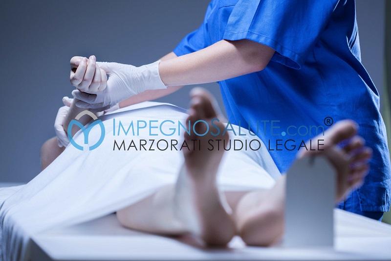 Morte materna decesso della madre mortalità materna