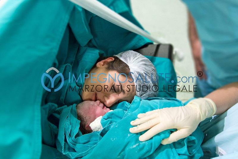 Multiparità decesso della madre mortalità materna